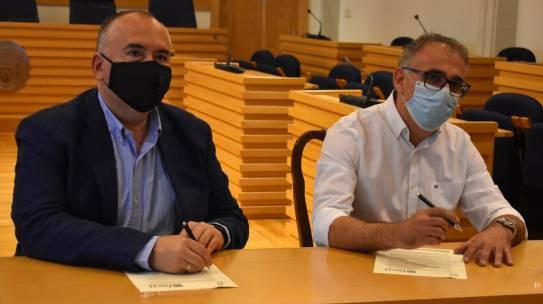 El impefe del ayuntamiento de ciudad real y fecir firman un convenio de colaboración de asesoramiento y orientación con el que potenciar la promoción empresarial